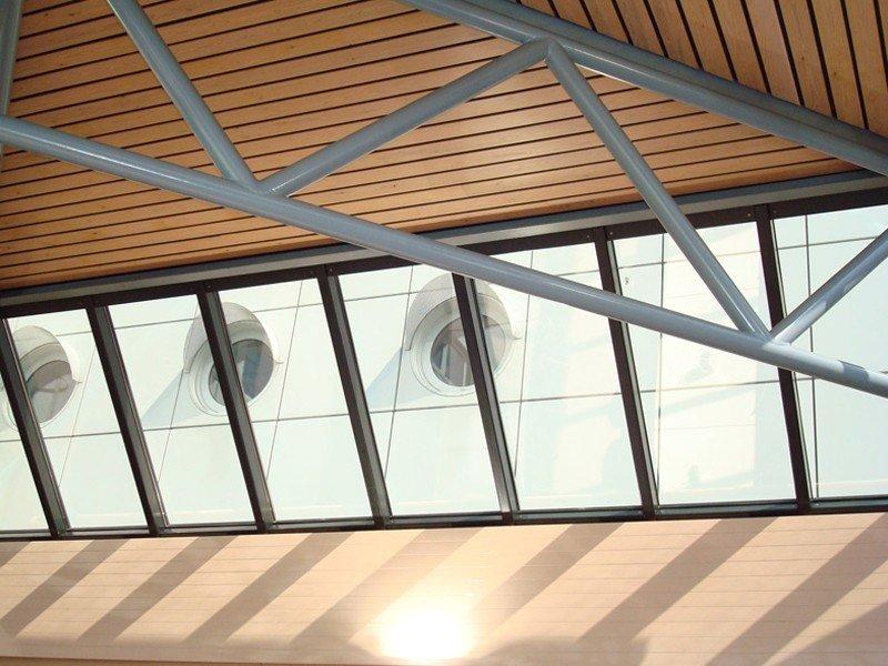 raamfolie-glasfolie-spiegelfolie-gebouw-privacyfolie