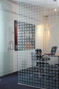 privacyfolie-decoratiefolie-glasdecoratie-scheidingswand