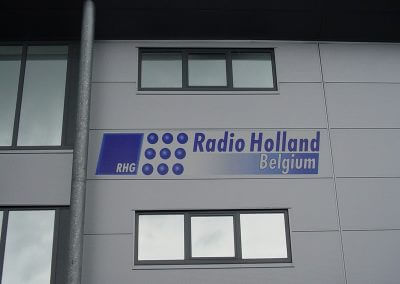 Radio Holland met spiegelfolie