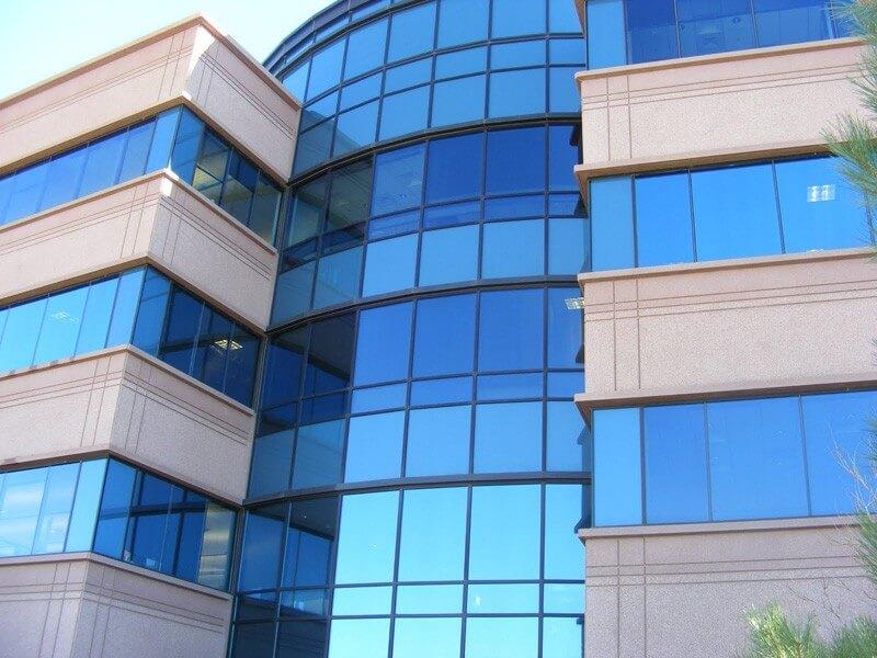 Glasfolie en raamfolie voor bedrijven en particulieren.