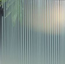 Decoratiefolie op architecten niveau alles over for Verduisterende raamfolie